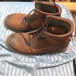 Timberland Earthkeepers brown leather boots